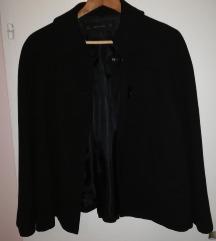 Crna kaputić