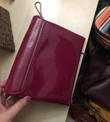 Lakirana roza torbica