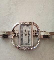 Ženski sat