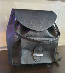 Crni ruksak Zara
