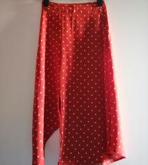 Crvena asimetrična suknja