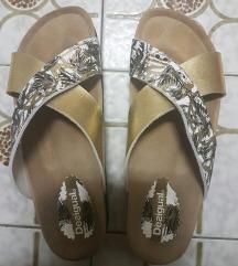 Nove Desigual papuče