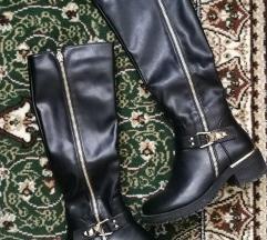 Crne visoke kozne cizme 37