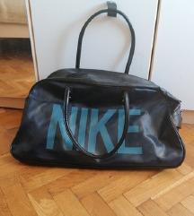 Nike sportska torba SNIZENO+UKLJUČENA POSTARINA