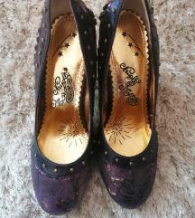 Ljubičaste elegantne kožne cipele na visoku petu