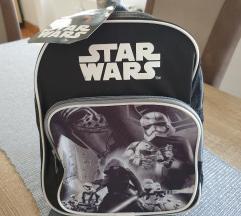 Novi ruksak sa etiketom