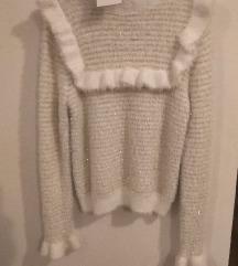 NOVO! Zara bijeli čupavi pulover