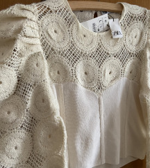 Zara chrochet pulover L
