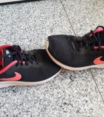 Nike tenisice 34
