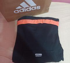 Adidas orginal dukserica kao novo
