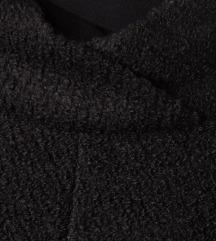 PROTAGONISTA crna pelerina / pončo