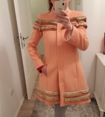 Patrizia pepe novi kaput s etiketom