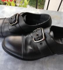 POVOLJNE Niske cipele vel 40