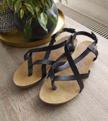 Nenošene Blowfish sandale