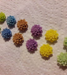 Mini cvjetići 🌺🌹 2+1 gratis