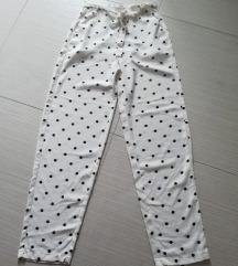 Tufnaste hlače