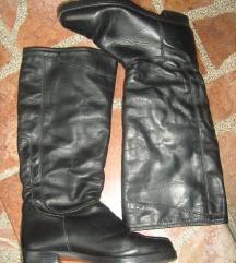 Kožne crne čizme, velicina 37,5