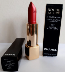 Chanel Rouge Allure 607 Camelia Rouge Metal