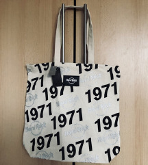 HARD ROCK CAFE torba s etiketom iz Engleske