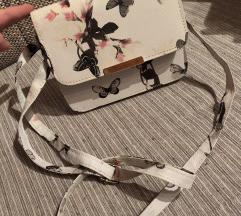 Bijela torbica sa leptirima