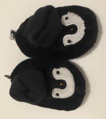 NOVO H&M obuća za novorođenče broj 15