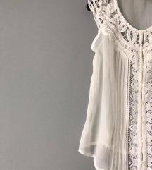 Bijela crochet bluza