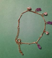 Prodano -Zlatna narukvica s kamenjem