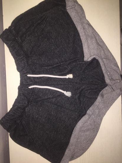 Pamučne hlačice-zelene i crne