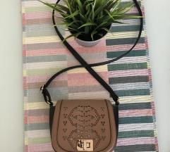 Primark smeđa mala torbica
