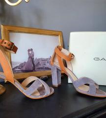 %%Gant sandale%%