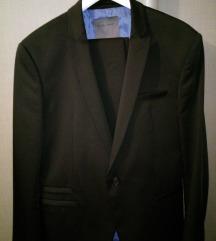 Zara crno odijelo kao Novo 42/52