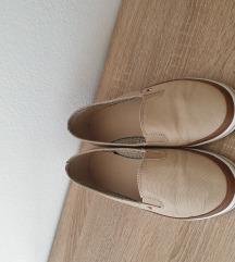 TH cipele