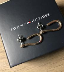HILFIGER naušnice nove