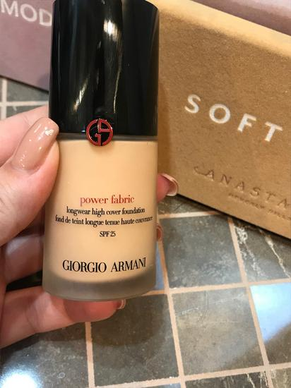 Armani power fabric puder