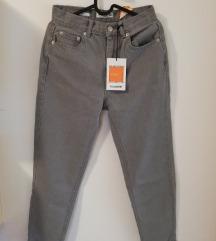 Pull & Bear MOM hlače vl.36