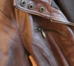 Prava kožna jakna Bershka