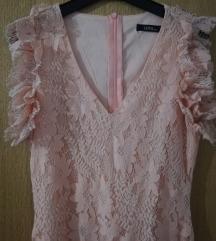 Puder roza čipkana haljina