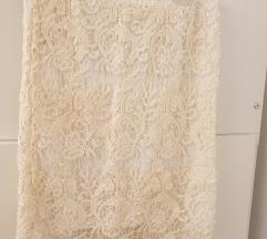 Bijela čipkasta midi suknja