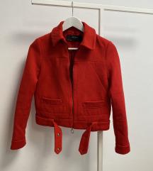 Zara crvena jakna