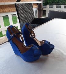 Sandale na punu petu, veličina 37