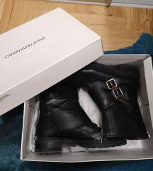 Calvin Klein kožne čizme