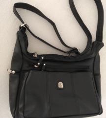 Crna svakodnevna torbica