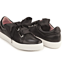 Borovo cipele s mašnom