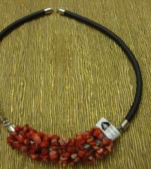 Ogrlica - koraljna - ručni rad