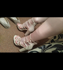 Nove sandale s remenima
