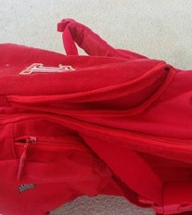 Ferrari ruksak