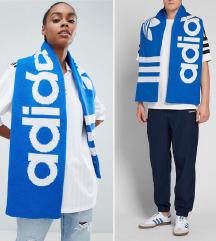 Adidas Originals šal