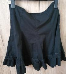 Crna suknja vel. 42 15 kn