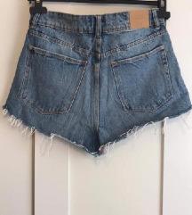 Traper kratke hlače sa pt.