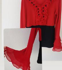 Crvena bluza sa volanima